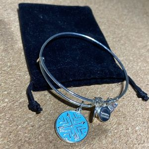Alex and Ani Arrows of Friendship 2019